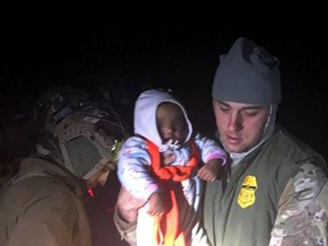 17 Migrants Rescued from Texas Border River by Border Patrol